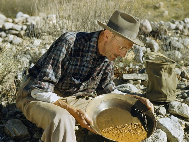 California Gold Rush Begins - National Geographic Society