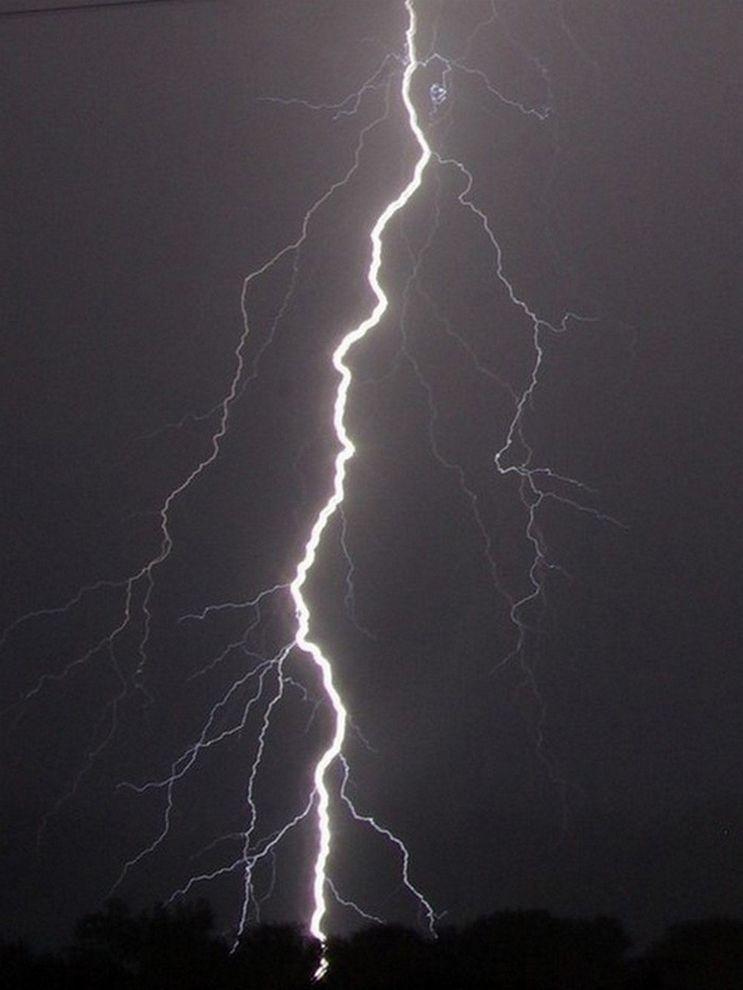 lightning | National Geographic Society
