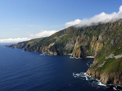 Photo: A cliff on the Atlantic Coast.