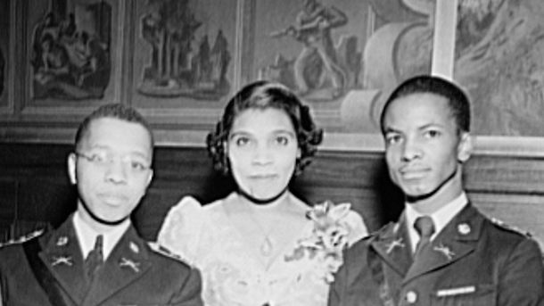 <p>Even before the triumphant 1939 concert, Marian Anderson was one of the most popular classical singers in the United States. During WWII, she supported the war effort, and especially the work of African American troops and laborers. Here, she poses with high school cadets at the dedication of a mural commemorating the 1939 recital.</p>